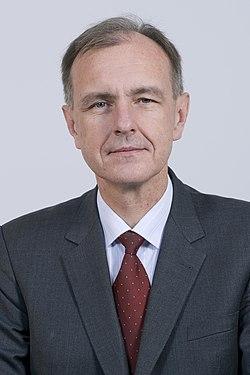 Bogdan Klich Kancelaria Senatu.jpg