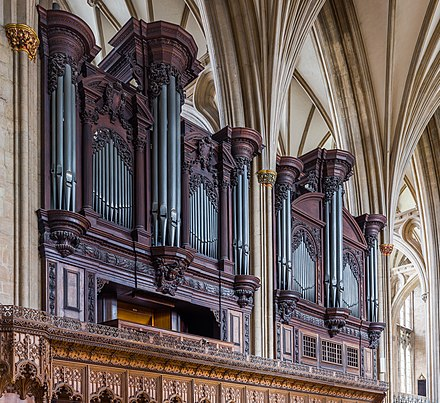 The organ Bristol Cathedral Organ, Bristol, UK - Diliff.jpg