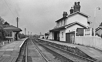 Bretton, Flintshire - Image: Broughton & Bretton Station 1924041 313f 740b