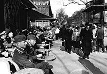 220px-Bundesarchiv_Bild_101I-247-0775-38