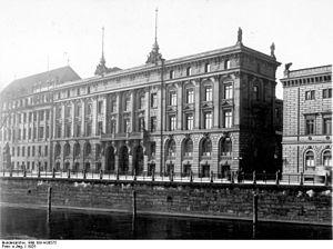 "Danatbank - Berlin 1925, The headquarters of the ""Darmstädter und Nationalbank"" at Schinkelplatz Nr. 1–4"