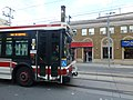 Bus short-turning at Parliament and Queen, 2013 10 23.JPG - panoramio.jpg