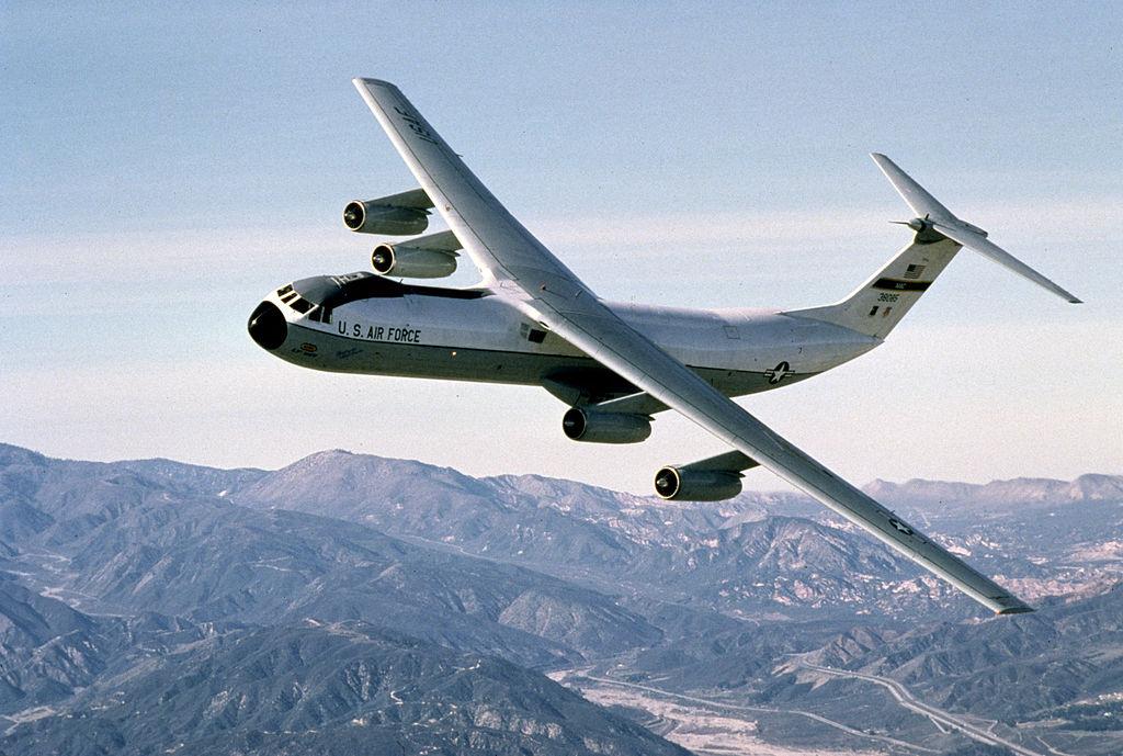 C-141 flying