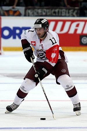 Tom Pyatt - Pyatt during his tenure with Genève-Servette HC.