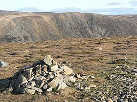 Cairn on Carn an Tuirc - geograph.org.uk - 603819.jpg