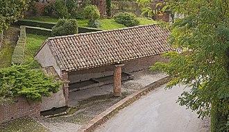 Canals, Tarn-et-Garonne - Image: Canals (Tarn et Garonne) La lavoir