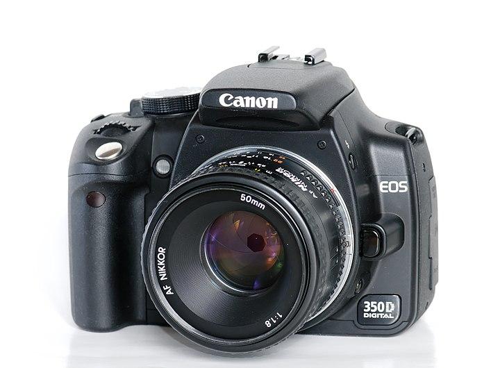 Canon EOS 350D-Nikon AF 50mm.jpg
