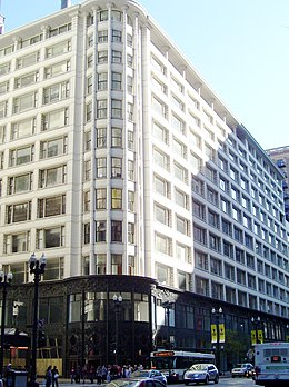 Carson, Pirie, Scott and Company Building 1 South State Street from north.jpg