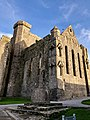 Cashel Cathedral, Rock of Cashel, Caiseal, Éire (46539814732).jpg