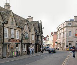 Cotswold stone buildings in Castle Street