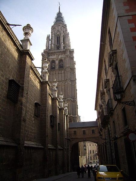 File:Catedral de Toledo Torre.JPG