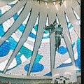 Cathédrale de Brasilia, Brésil (27557667622).jpg