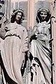 Cathédrale de Strasbourg, façade, statues de femmes.jpg
