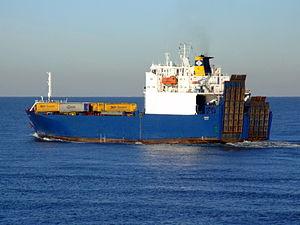 Cervine, Port of Rotterdam, Holland, 06JAN2009 pic4.JPG