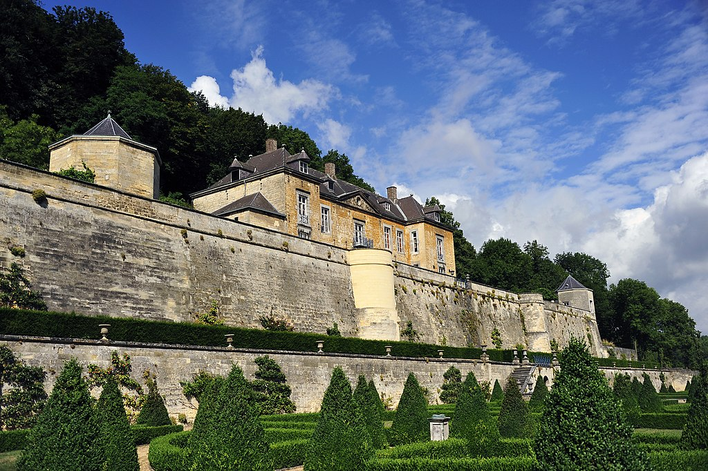 Kasteel Neercanne met terrassentuin