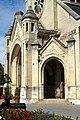 Chauny (02), église Saint-Martin, porche, vue depuis le sud.jpg