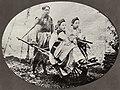 Chinesischer Photograph um 1875 - Frauen aus Manchu (Zeno Fotografie).jpg