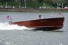 Chris-Craft Boats - Wikipedia