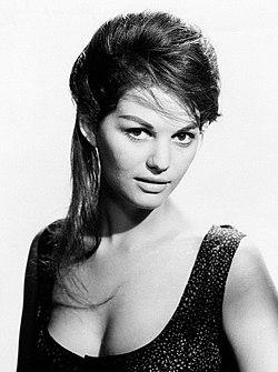 Claudia Cardinale 1960.jpg