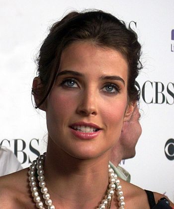 English: Cobie Smulders on the CBS Comedies Pr...