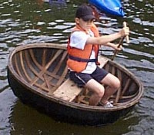 Coracle - A coracle on the River Severn near Ironbridge