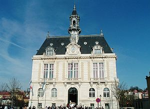 Corbeil-Essonnes - The town Hall of Corbeil-Essonnes