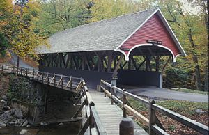 Die Pemigewassett covered bridge im Franconia Notch State Park