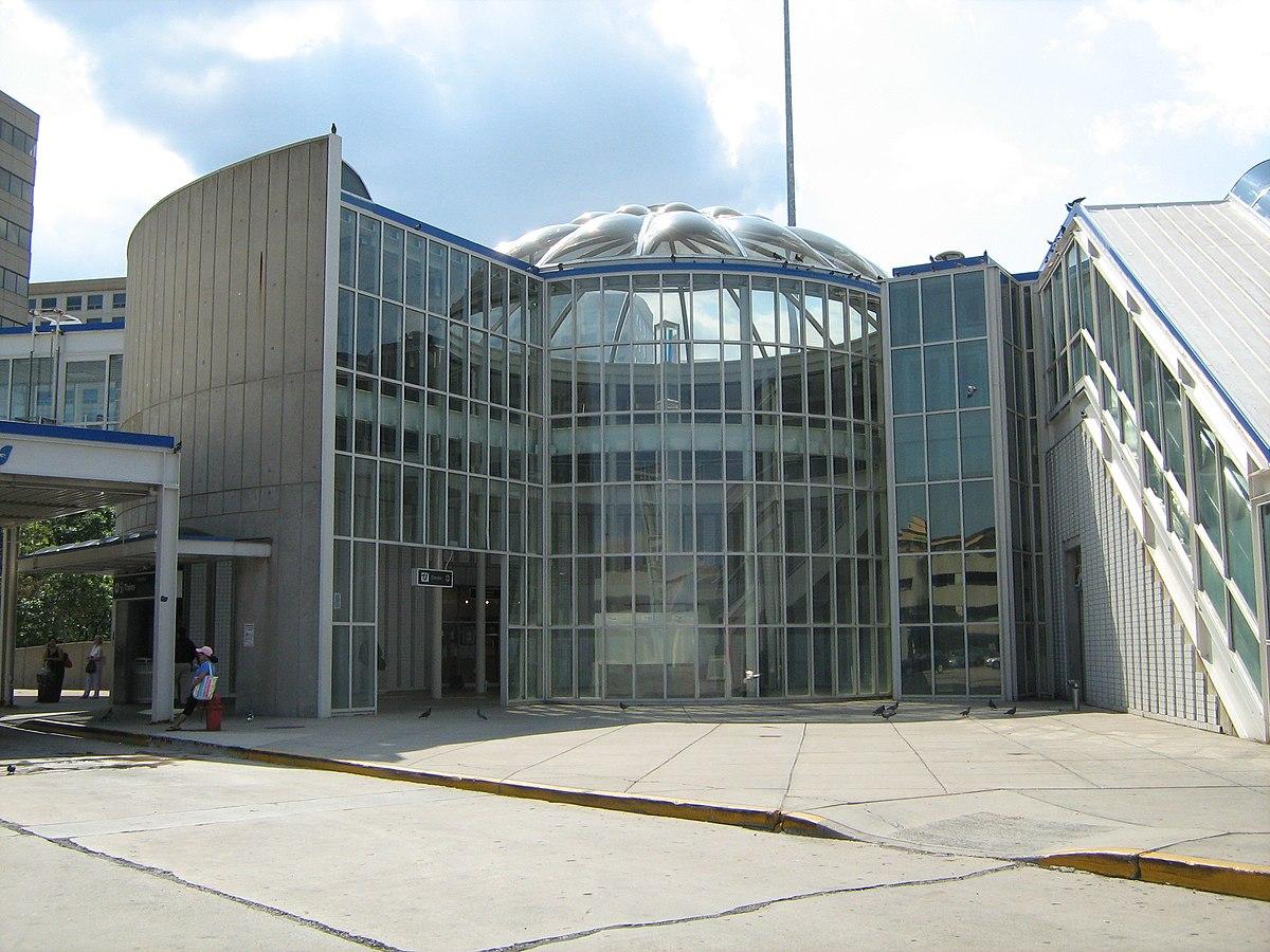 Cumberland station (CTA) - Wikipedia