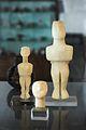 Cycladic figurines, female, 2800-2300 BC, AM Naxos, 110033.jpg