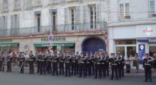 220px-D%C3%A9fil%C3%A9_gendarmerie_rochefort1