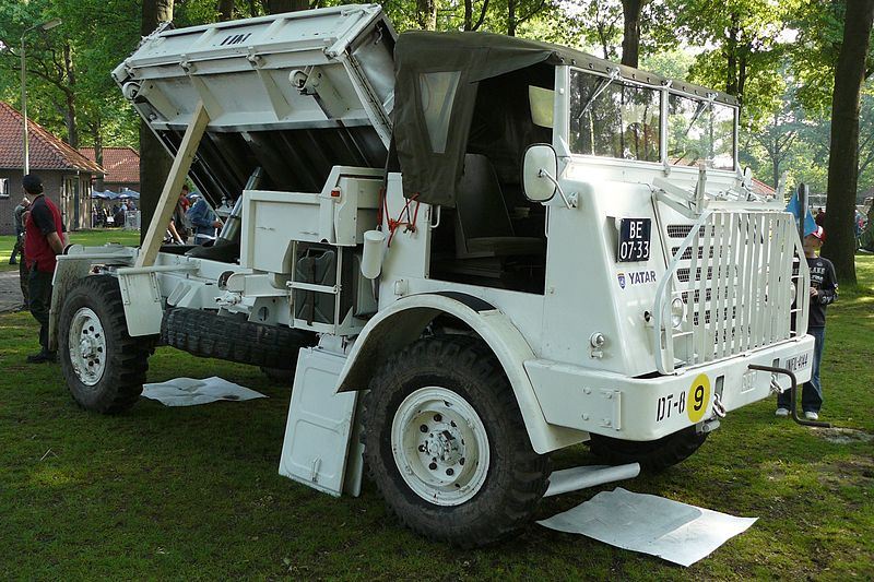 File:DAFYA314 kipper UNIFIL OpendagLandmacht2008.JPG