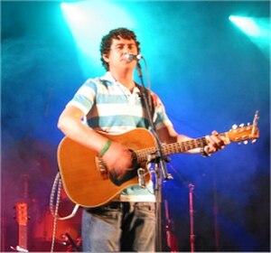 Declan O'Rourke - Declan O'Rourke on stage at Sligo Live, June 2006.