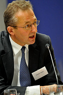Dieter Helm at Politics of Climate Change conference.jpg