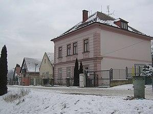 Domoušice - Image: Domoušice stará škola