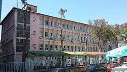 Dr. Behçet Uz Çocuk Hastanesi Cephe.jpg