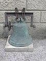 Dzwon sprzed zamku.jpg