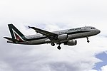 EI-EIA A320 Alitalia VLC.jpg