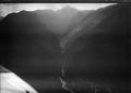 ETH-BIB-Arbedo, Valle d'Arbedo, Bergsturz Corno di Gesero v. W. aus 800 m-Inlandflüge-LBS MH01-006138.tif