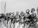 ETH-BIB-Nuer-Mädchen-Kilimanjaroflug 1929-30-LBS MH02-07-0208.tif