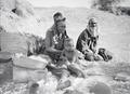 ETH-BIB-Tuaregfamilie vor Hütte-Tschadseeflug 1930-31-LBS MH02-08-0558.tif