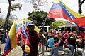 El pueblo venezolano acompañó los restos de su presidente Hugo Chávez Frías en la Academia Militar (8539064320).jpg