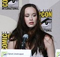 Elyse Levesque on Stargate Universe Panel Comic Con 2009.jpg