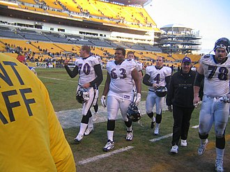 Adam Terry - Terry (78) with the Ravens in 2006.