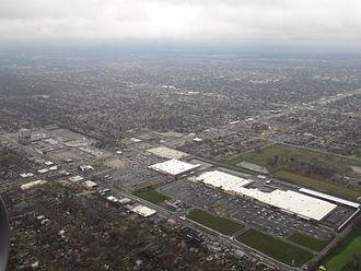 Evergreen Park, Illinois - Image: Evergreen Plaza, Evergreen Park, Illinois