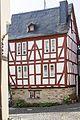 Fachwerkhaus über Steinsockel, im Kern wohl aus dem 16. Jahrhundert.jpg