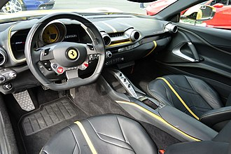 Ferrari 812 Superfast - Interior