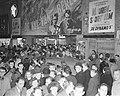Film De Val van Berlijn in bioscoop Royal te Amsterdam betreft Russische fil…, Bestanddeelnr 904-3434.jpg