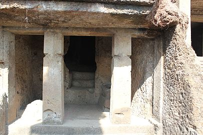 First gate of Mahakali Caves.JPG