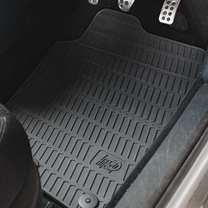 Vehicle mat - Fitted rubber car mat