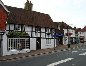 English: Fleur de Lys, Market Street, Hailsham...